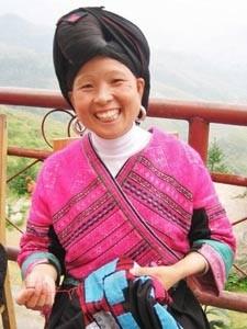 vrouw in traditionele kledij china