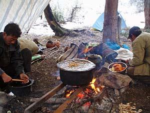 Eten onder tent Songpan - China-reis