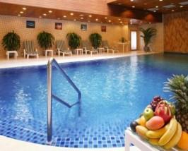 china peace hotel zwembad