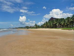 strand sanya bay hainan china