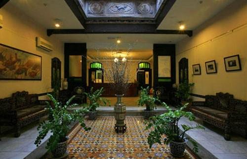 entree hotel malacca