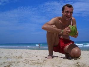 Cocosnoot man strand maleisie