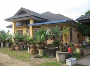 eenvoudig geel huis maleisie