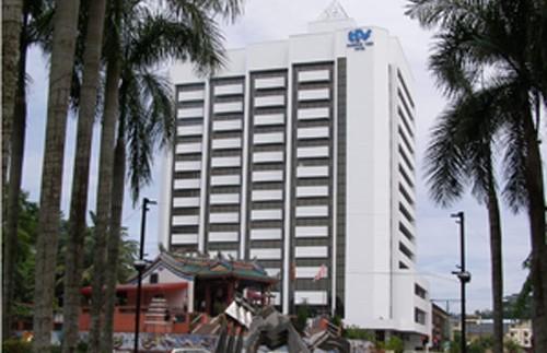 hotel kuching borneo