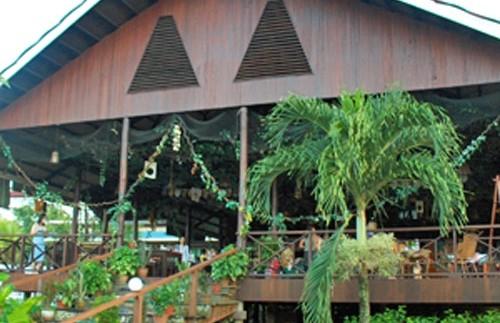 restaurant bij lodge borneo