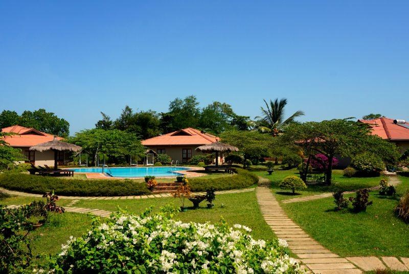 Safari Sri Lanka met kinderen - Yala hotel zwembad