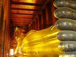 Der Dienstags-Buddha in Bangkok im Wat Pho Tempel