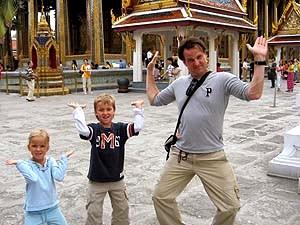 Familie im Königspalast in Bangkok