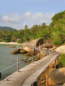 Strandweg auf der Insel Koh Phangan