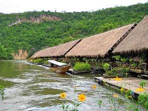 Unterkunft auf dem River Kwai