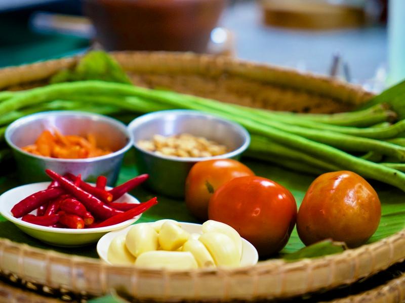 Gemüse, um eine thailändische Speise zuzubereiten