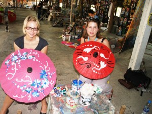 Bemalte Sonnenschirme in Chiang Mai