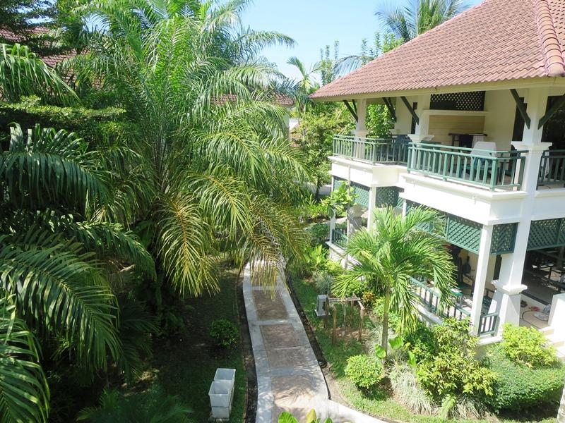 Khao Lak mit Kindern: Hotel Khao Lak Garten