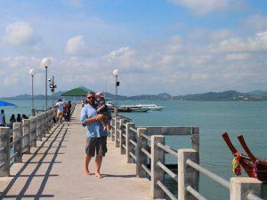 Phuket mit Kindern: Pier auf Phuket