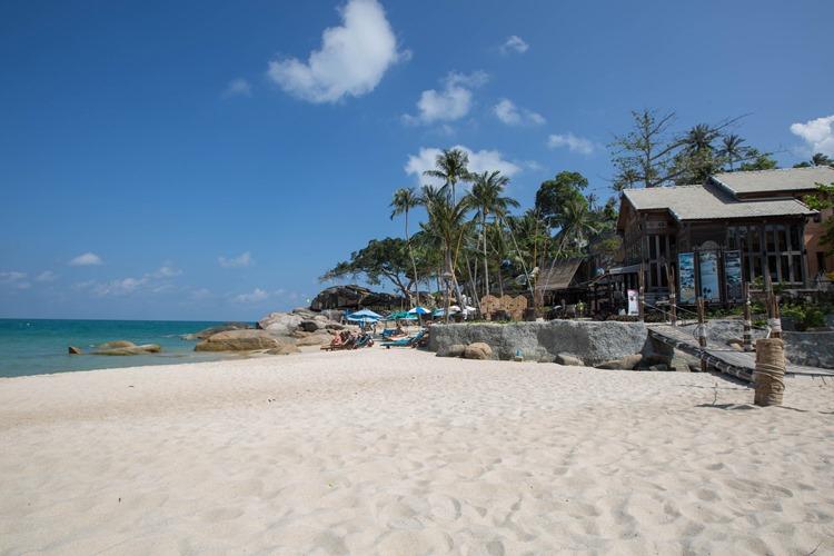 Komfortunterkunft direkt am Strand auf Koh Phangan