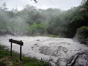 Familienreise Costa Rica: Blubbernde Schlammlöcher in Rincon de la Vieja Nationalpark