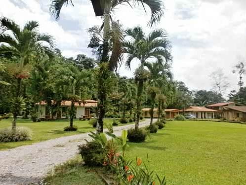 weitläufige Gartenanlage in La Fortuna