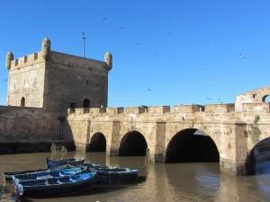 marokko-rundreise-essaouira-blaue-boote