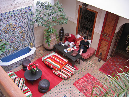 Lounge im Riad in Marrakesch