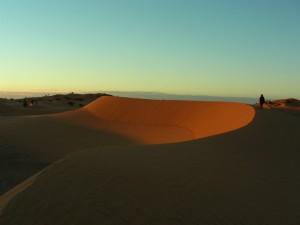 Marokko Rundreise - Sonnenuntergang in der Wüste