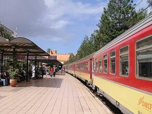 Bahnfahrt von Rabat nach Meknes