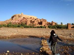 Marokko Mietwagenrundreise Flussüberquerung Ait Benhaddou