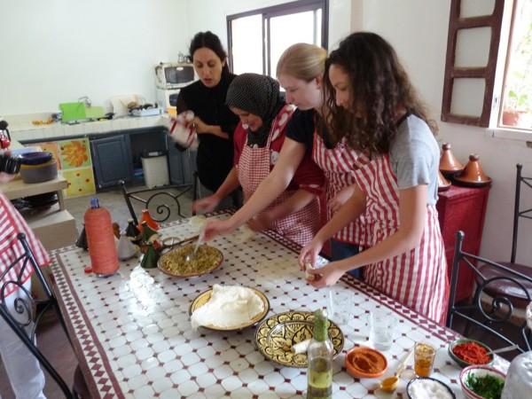 zubereitung-gefuellte-teigtaschen