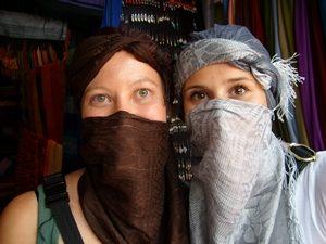 Marokko-Touristen-verschleiert