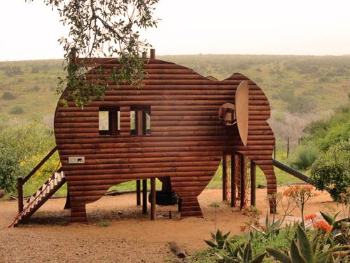 Spielplatz in Form eines Elefanten