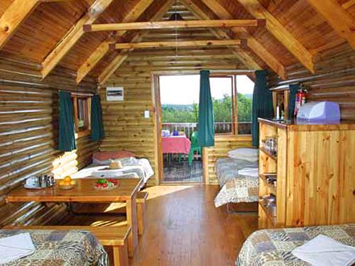 Zimmer der Forest Cabins im Addo Nationalpark