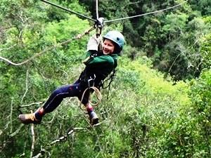 Junge beim Canopy in den Drakensbergen