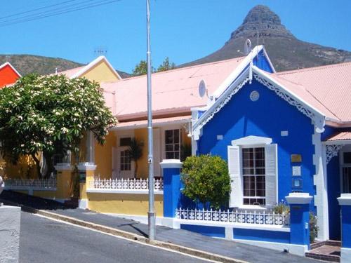Ein buntes Gästehaus in Kapstadt