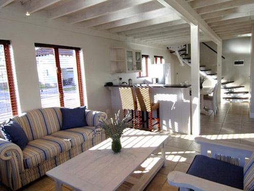 Wohnzimmer der Unterkunft in Plettenberg Bay