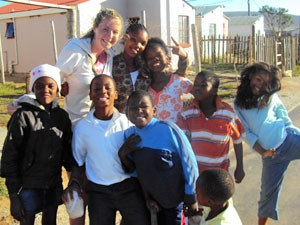 Südafrika malariafrei: Südafrikanische Kinder im Township von Knysna