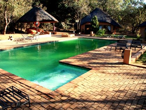 Pool in der Lakeside Unterkunft in Waterberg