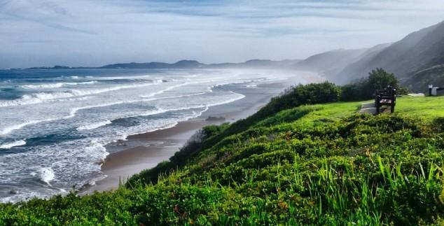 Landschaft mit Meerblick