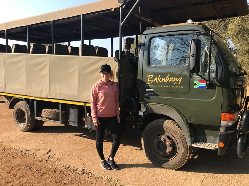 Reisespezialistin Joceline auf Safari im Pilanesberg Park