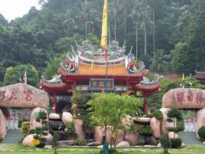 Bunte Tempel in Malaysia