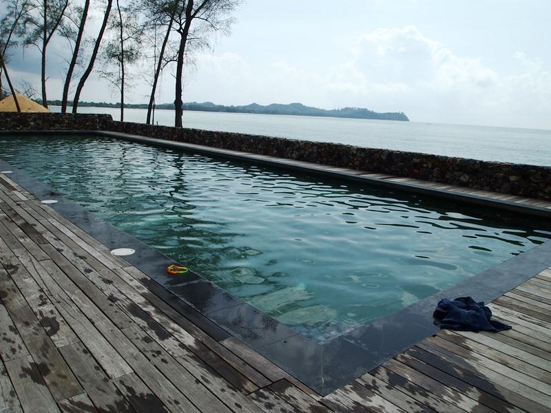 Pool Hotel Cherating Komfort