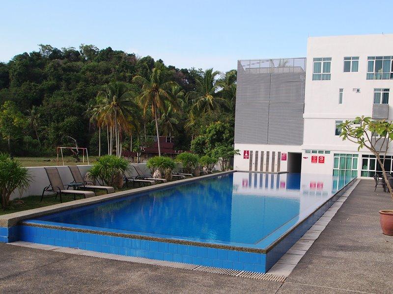 Pool Hotel Budget Langkawi