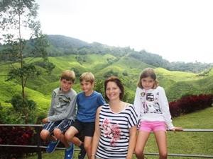 In den Cameron Highlands: Spezialist für Familienreisen nach Malaysia