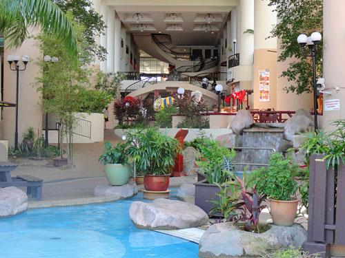 Strandhotel in Penang mit Pool