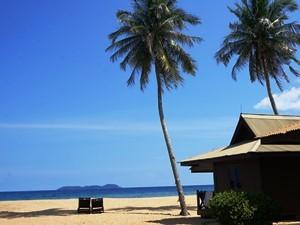 Strand auf Tioman an der Ostküste Malaysia
