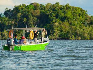 Semenggoh und Santubong River Cruise