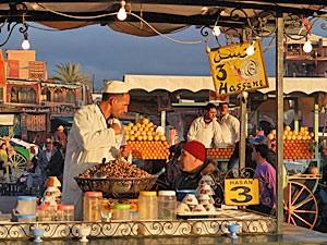 Lebensmittelstand auf dem Djemma el Fna Platz