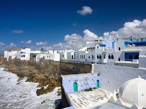 Weiße Häuser in Asilah