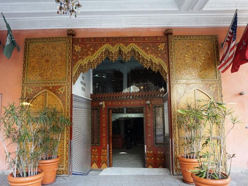 Eingang Hotel Casablanca Budget Hotel