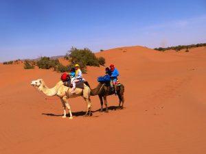 Familie Rüst in der Wüste