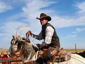 Reitener Cowboy beim Lassowerfen