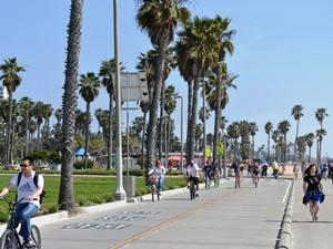 Kalifornien Rundreise: Strandpromenade in Los Angeles